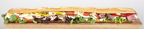 Sandwich_mit_Creme für RAPS, fotogr. von Riegg & Partner