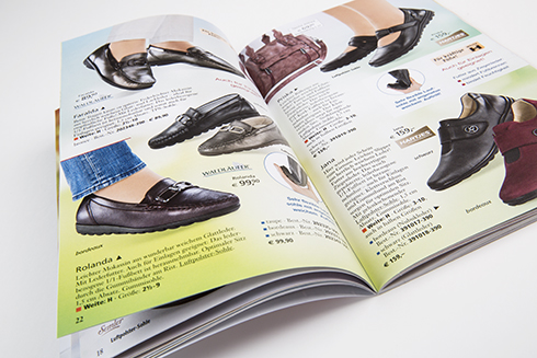 Riegg & Partner Der neue Katalog von Hoeltzhaus ist da 06